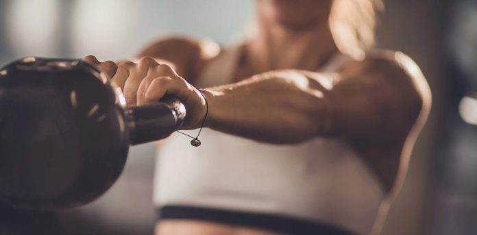 HOW TO INCORPORATE FAT-BURNING SUPPLEMENTS INTO YOUR TRAINING REGIME